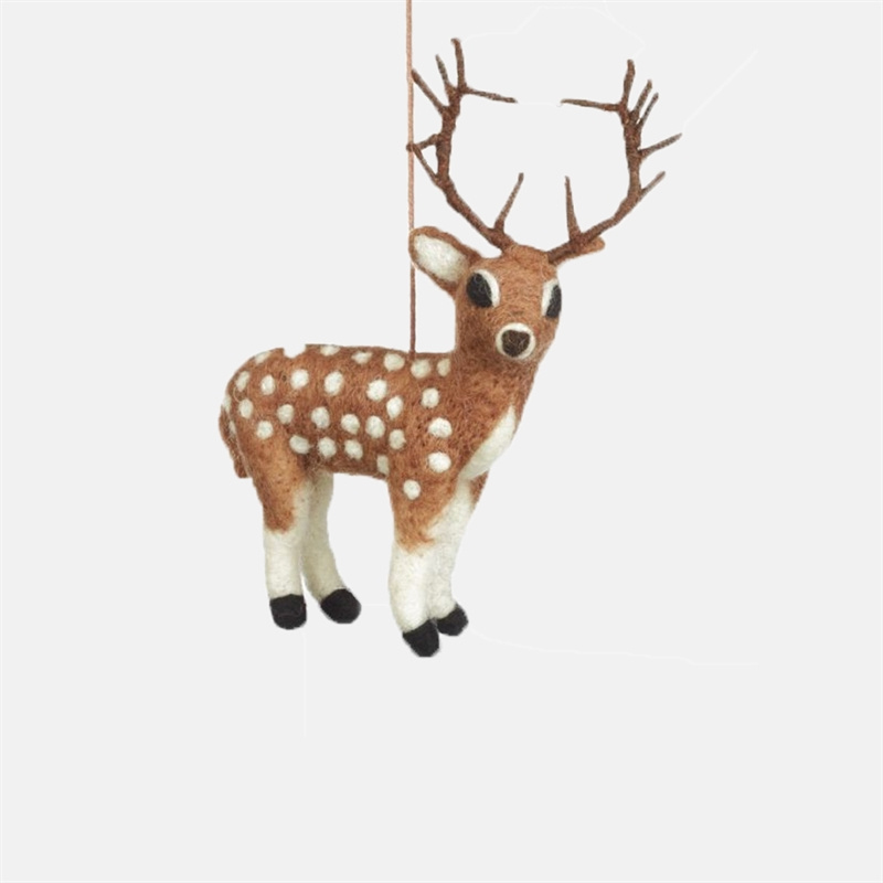 Mariella-felt-so-good-felt-brown-stag