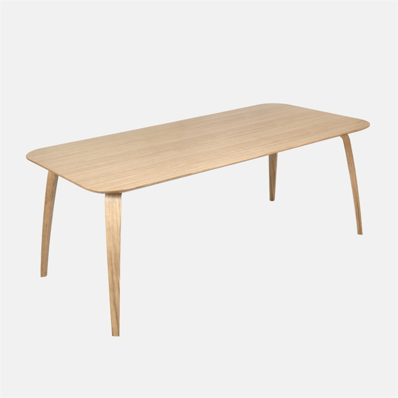mariella_gubi_dining_table_rectangular_oak_wood