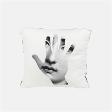 mariella_fornasetti_pillow_back