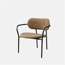 mariella_gubi_coco_lounge_chair_front