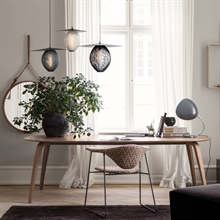 mariella_gubi_dining_table_elliptical_miljo_1