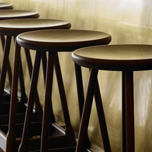 mariella_massproductions_albert_bar_stool_miljo