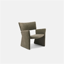 mariella_massproductions_crown_lounge_chair_1