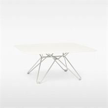 mariella_massproductions_tio_coffee_table_white
