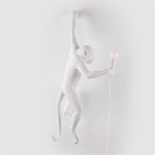 mariella_seletti_monkey_lamp_white_wall_back