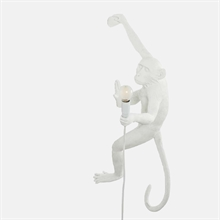 mariella_seletti_monkey_lamp_white_wall_right